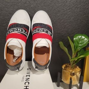 Brand new men's Givenchy sneakers